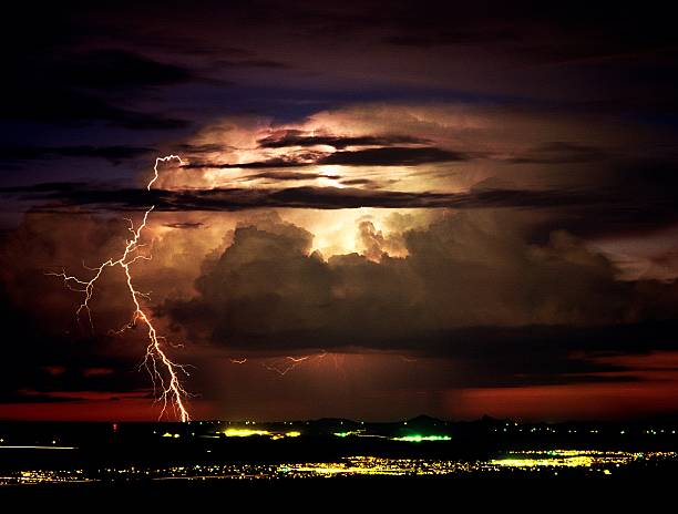 lightning coming out the top of a storm tucson arizona pictures