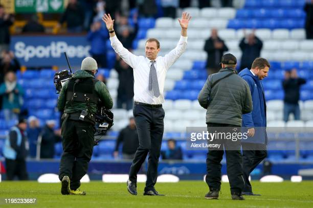 Interim Everton Manager Duncan Ferguson acknowledges the fans after the Premier League match between Everton FC and Arsenal FC at Goodison Park on...
