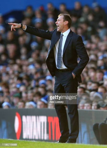 Interim Everton Manager Duncan Ferguson gives his team instructions during the Premier League match between Everton FC and Arsenal FC at Goodison...