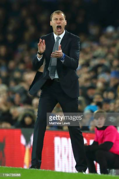 Interim Everton Manager Duncan Ferguson reacts during the Carabao Cup Quarter Final match between Everton FC and Leicester FC at Goodison Park on...