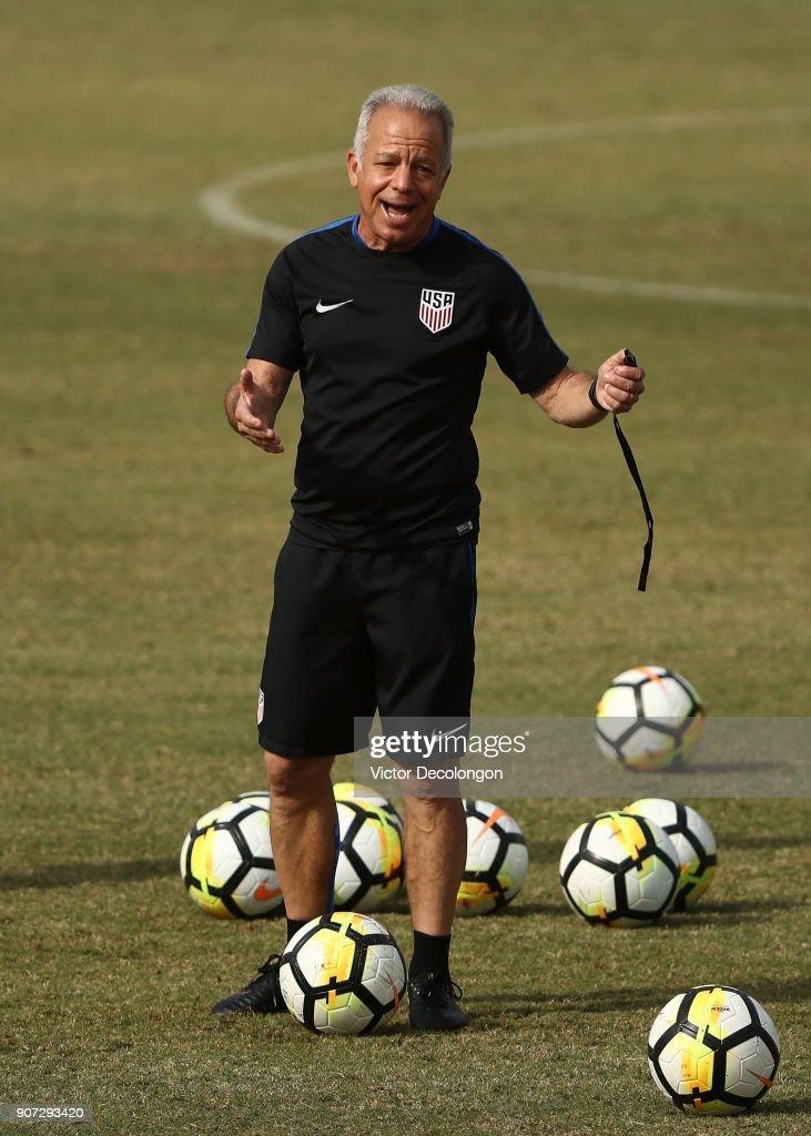 Interim head coach Dave Sarachan of the U.S. Men's National Soccer Team talks during training at StubHub Center on January 19, 2018 in Carson, California.