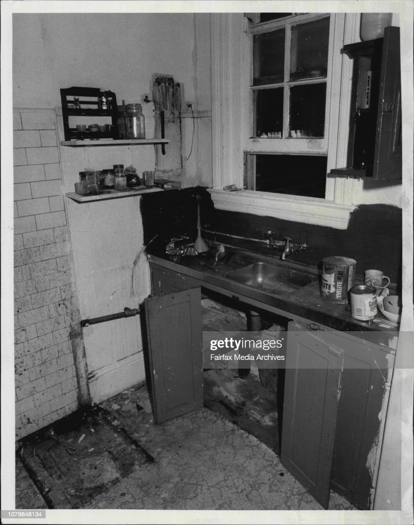 """Interior and exterior of a block of units at 208 Alison Rd, Randwick. This is the disgraceful way one tenant left the unit.These are the photographs Randwick agent Jack Ziade wants the public to see.""""People are always complaining about landlords. But they : News Photo"""