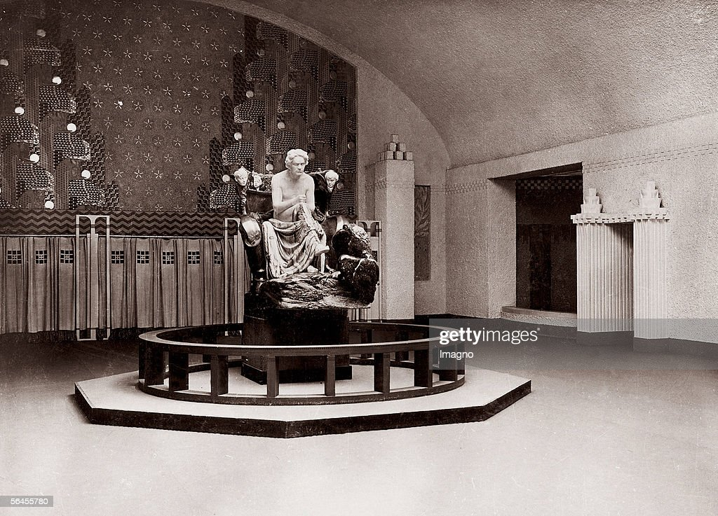 Interior design of the XIV. exhibition of the Sece : Nachrichtenfoto