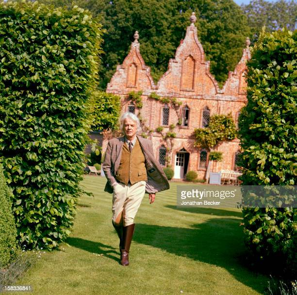 Interior designer Nicky Haslam is photographed for Vanity Fair Magazine on May 24, 2008 at home at the Hunting Lodge in Farnham, Dorset. PUBLISHED...