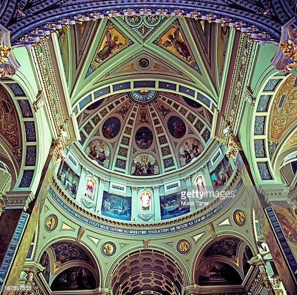 interior of a basilica - milwaukee county  wisconsin stock pictures, royalty-free photos & images