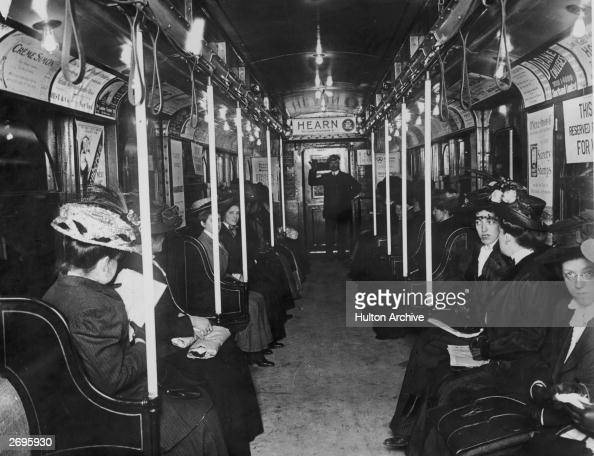 fotos e imagens de october 27th new york city subway 100 years old getty images. Black Bedroom Furniture Sets. Home Design Ideas