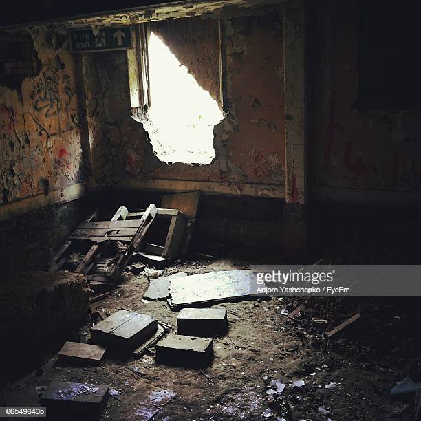 interior of abandoned room - run down stock pictures, royalty-free photos & images