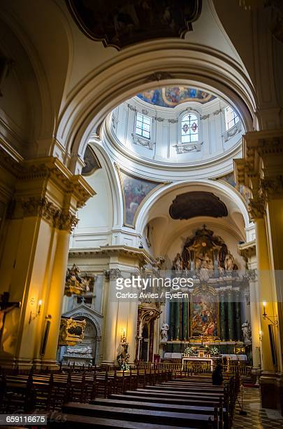 interior of church - carlos aviles stock pictures, royalty-free photos & images