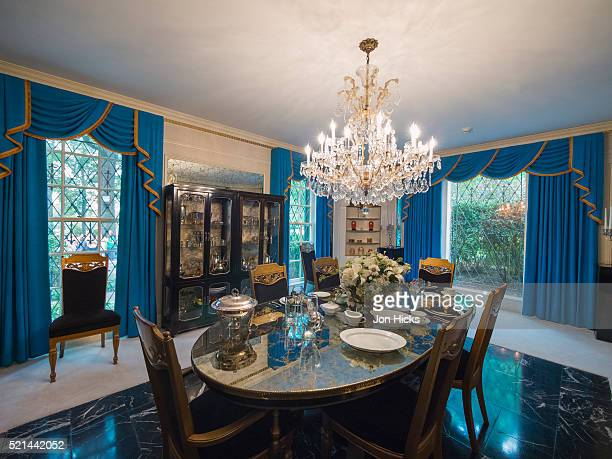 interior of graceland mansion, memphis, tennessee. - graceland stock pictures, royalty-free photos & images