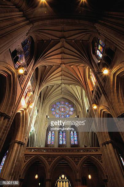 interior of national cathedral - national cathedral stock pictures, royalty-free photos & images