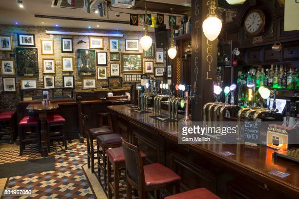 Interior of Slatterys traditional Irish pub on 04th April 2017 in Dublin, Republic of Ireland. Slatterys is one of a handful of pubs in Ireland which...
