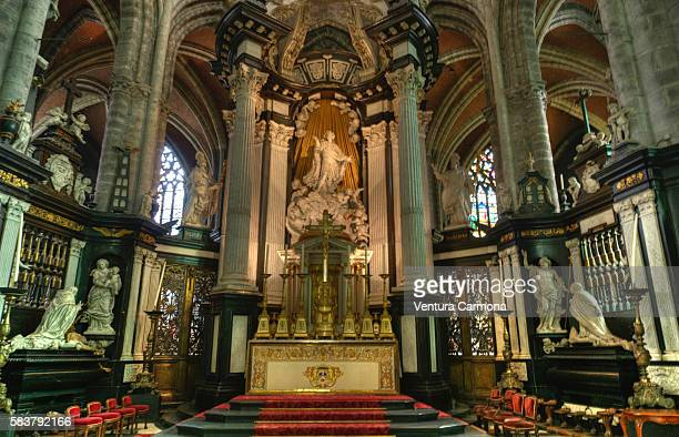 interior of st bavo's cathedral of ghent (belgium) - cathedral stock pictures, royalty-free photos & images