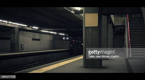 interior of subway station - subway station stock pictures, royalty-free photos & images