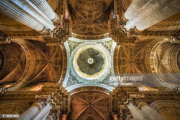 interior of the catedral del salvador, jerez de la frontera - jerez de la frontera stock pictures, royalty-free photos & images