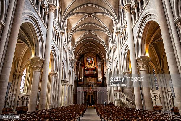 interior of the cathedral of notre dame from the chancel in lausanne - lausanne stock pictures, royalty-free photos & images