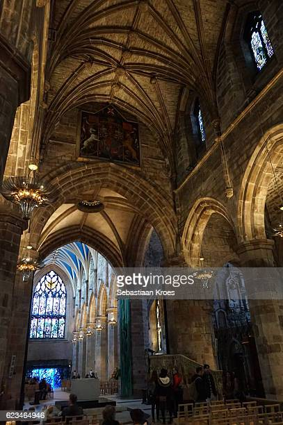 interior of the cathedral of saint giles, edinburgh, united kingdom - st. giles cathedral stock pictures, royalty-free photos & images