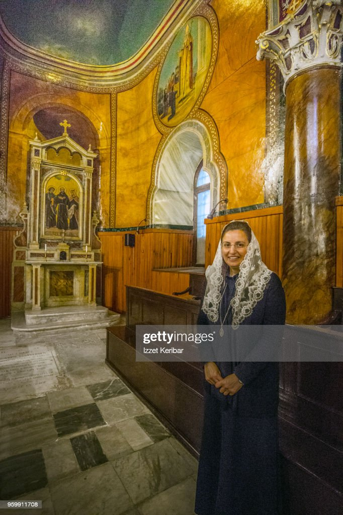 Interior of the Catholic Church St Polycarp, at Izmir , Turkey : Stock-Foto