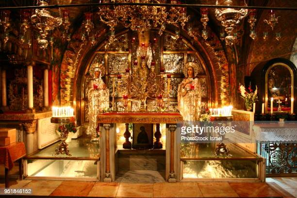 interior of the church of the holy sepulchre - religious celebration stock pictures, royalty-free photos & images