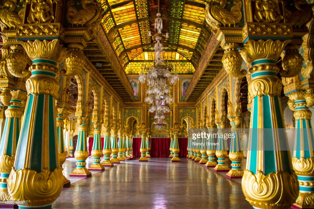 Interior of the Mysore Palace in Mysore in Southern India. : ストックフォト
