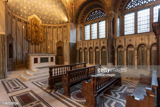 interior of westminister cathedral - westminster abbey stock pictures, royalty-free photos & images
