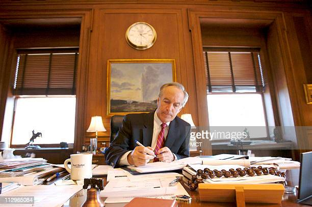 Dirk Kempthorne Stock Photos And Pictures Getty Images