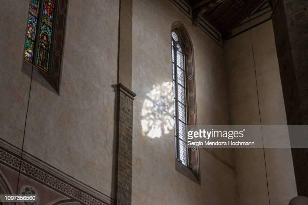 interior shot of the basilica of santa croce - florence, italy - galileo galilei fotografías e imágenes de stock