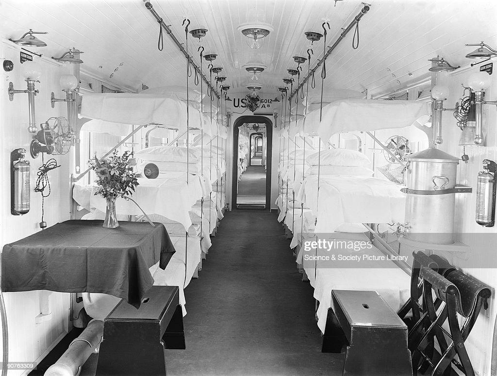 Inside an ambulance train, First World War, 5 April 1918. : News Photo