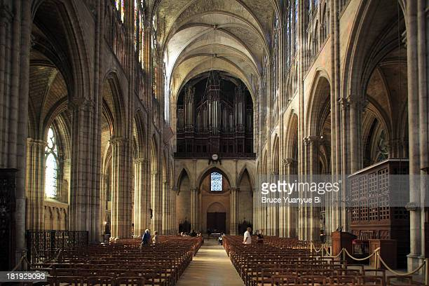 interior view of cathedral basilica of saint denis - saint denis paris stock pictures, royalty-free photos & images