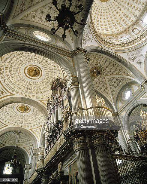 interior view of cathedral of puebla - puebla mexico stock pictures, royalty-free photos & images