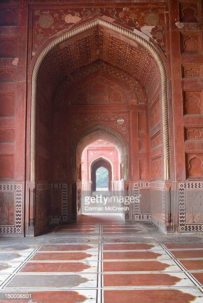 interior view of the mosque at the taj mahal, agra, uttar pradesh, india - interior of taj mahal stock pictures, royalty-free photos & images