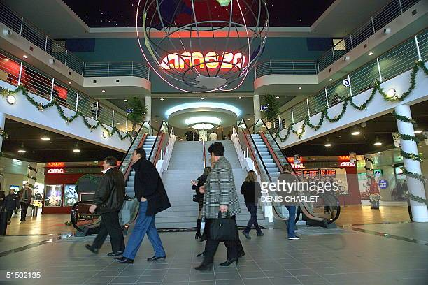 Interior view of the multiplex cinema network AMC 20 pictured 26 December 1999 in Dunkirk US group AMC inaugurated its first cinema multiplex network...