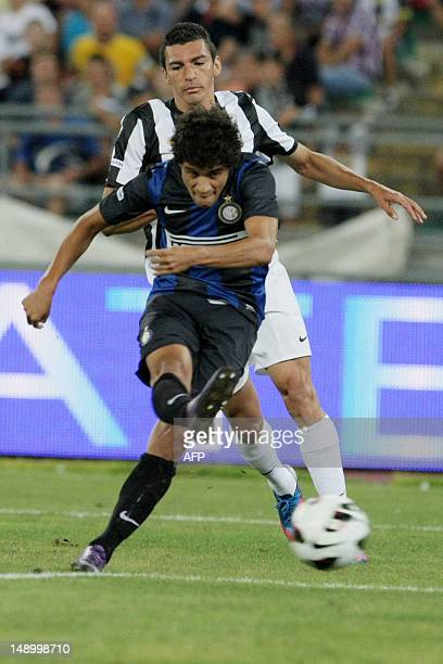 Intermilan player Philippe Couthino kick to score a goal against FC Juventus during triangle football match TIM Trophy at San Nicola Stadium in Bari...