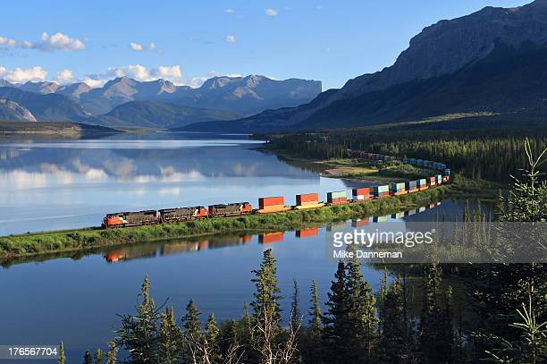 Intermodal train curving by Brule Lake