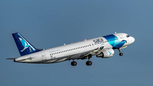 CS-TKK SATA International Airbus A320-214
