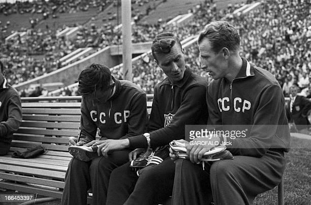 International Athletics Championship In Moscow Moscou 29 juillet 1958 Lors du match international d'athlétisme au stade Lénine un athlète Américain...