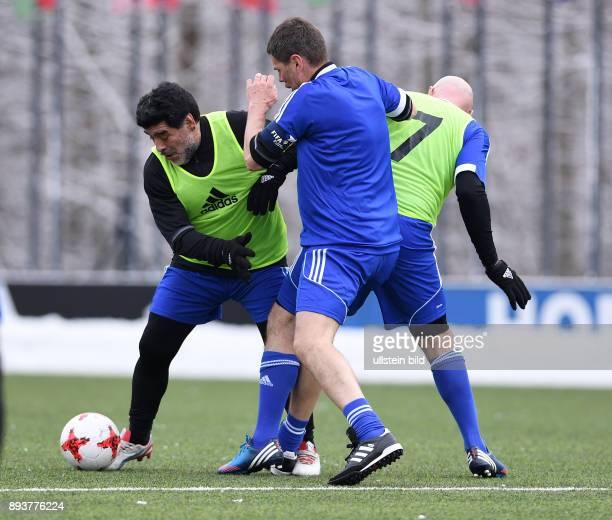 International beim Home of FIFA Legends Game 2017 FIFA stellvertretender Generalsekretaer Zvonimir Boban gegen FIFA Praesident Gianni Infantino und...