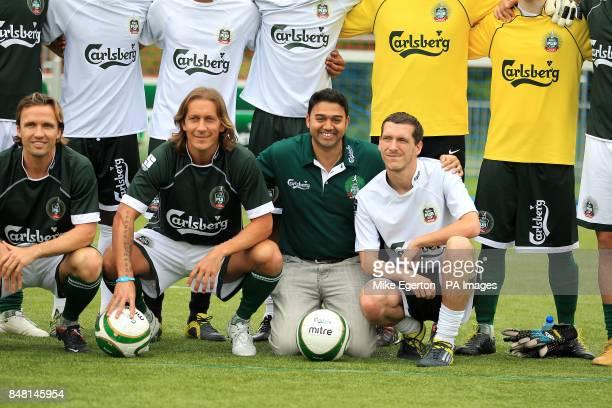 International FC players line up with European Legends' Boudewijn Zenden and Michel Salgado