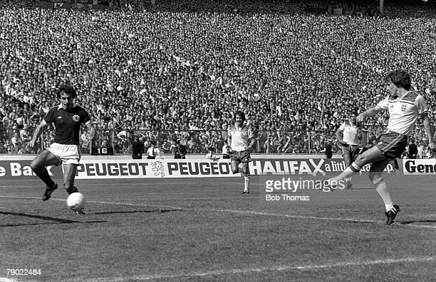 International Football Glasgow Scotland 24th May 1980 Home Championship Scotland 0 v England 2 Scotland defender Willie Miller arrives too late as...