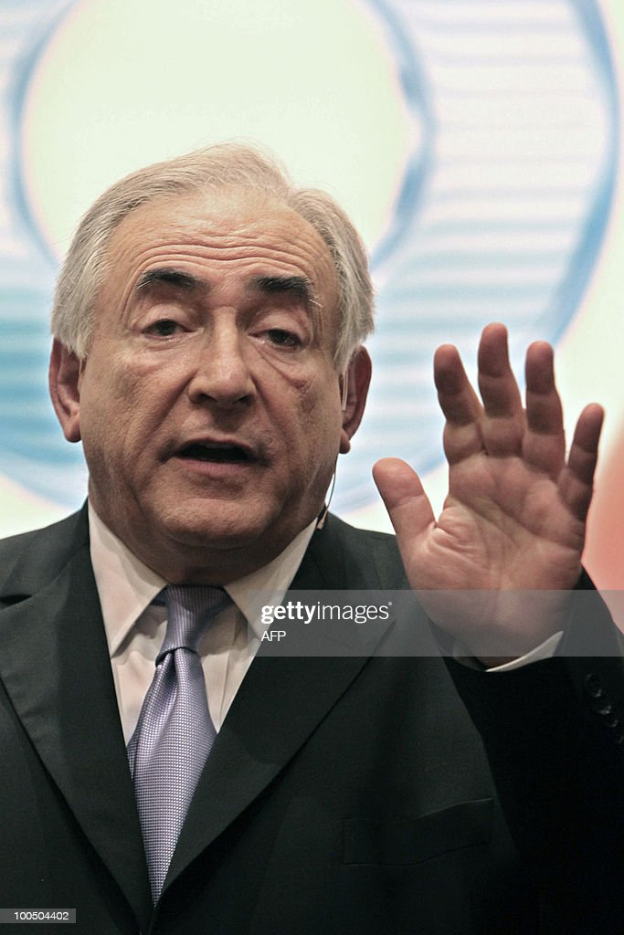 International Monetary Fund (IMF) Managing Director Dominique Strauss-Kahn gestures during the finance forum 'Global Economy in the Post-Crisis', in Sao Paulo, Brazil, on May 25, 2010. AFP PHOTO / Nelson ALMEIDA