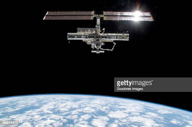 international space station - international space station stock pictures, royalty-free photos & images