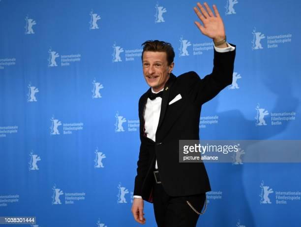 67 Internationale Filmfestspiele in Berlin Photocall 'Der junge Karl Marx' Schauspieler Alexander Scheer Das Drama läuft in der Sektion 'Berlinale...