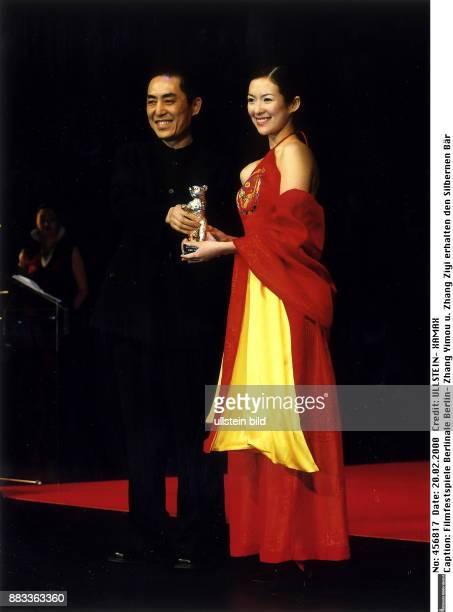 50 Internationale Filmfestspiele in Berlin Zhang Yimou und Zhang Ziyi erhalten den Silbernen Bär Grosser Preis der Jury für den Film 'Wo De Fu Qin Mu...