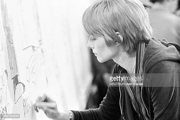 Internatonal Festival Of Comic Strip Angouleme Angoulême 28 Janvier 1974 Lors du festival de la bande dessinée portrait de Claire BRETECHER...