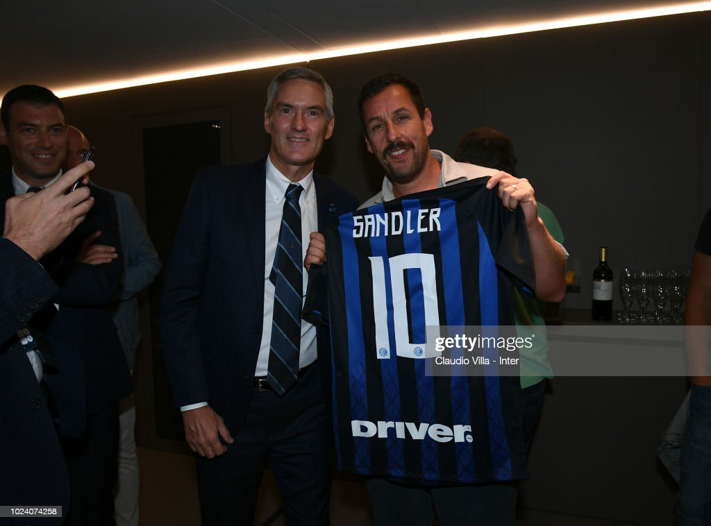 Internazionale Alessandro Antonello and actor Adam Sandler pose before the serie A match between FC Internazionale and Torino FC at Stadio Giuseppe Meazza on August 26, 2018 in Milan, Italy.