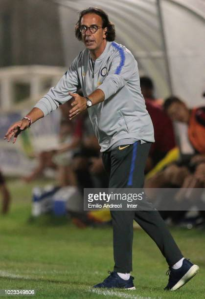 Internazionale coach Armando Madonna issues instructions to his players during the Trofeo Mamma Cairo match between FC Internazionale U19 and AC...