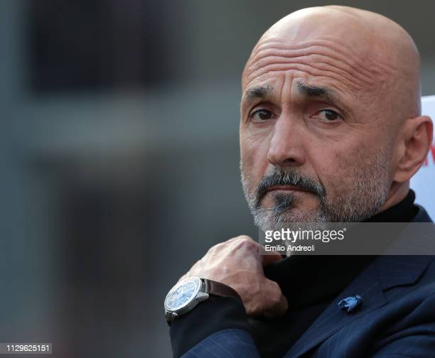 Internazionale coach Luciano Spalletti looks on during the Serie A match between FC Internazionale and SPAL at Stadio Giuseppe Meazza on March 10...
