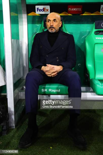 Internazionale coach Luciano Spalletti looks on during the UEFA Europa League Round of 32 First Leg match between SK Rapid Wien and FC Internazionale...