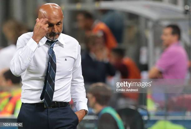Internazionale coach Luciano Spalletti shows his dejection during the serie A match between FC Internazionale and Torino FC at Stadio Giuseppe Meazza...