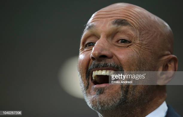 Internazionale coach Luciano Spalletti smiles during the Serie A match between FC Internazionale and ACF Fiorentina at Stadio Giuseppe Meazza on...