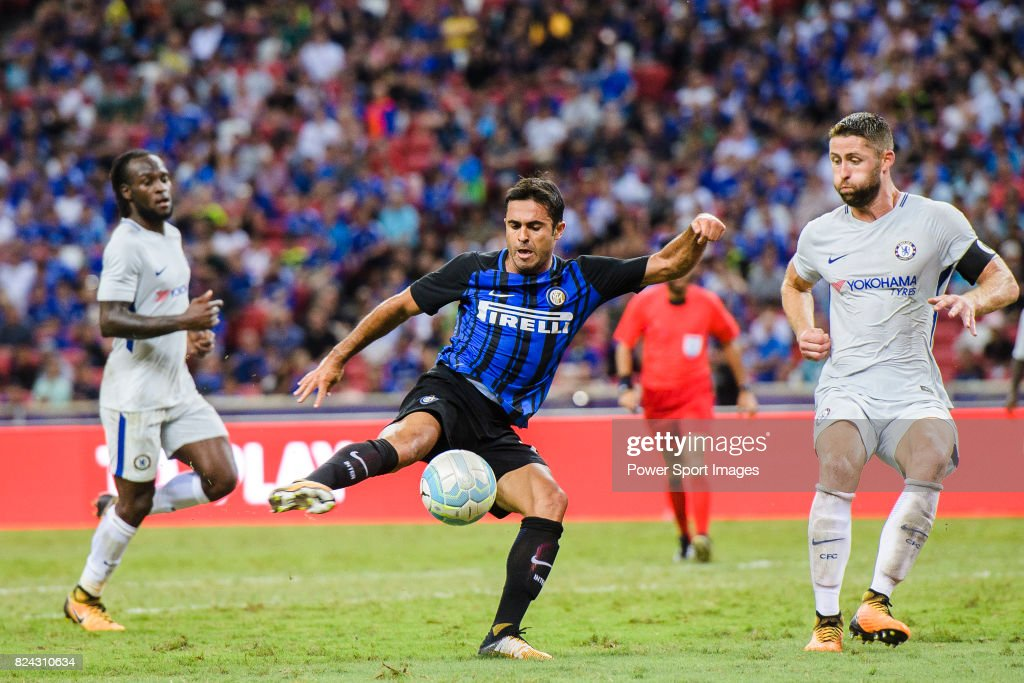 FC Internazionale Forward Eder Citadin Martins (C) during the International Champions Cup 2017 match between FC Internazionale and Chelsea FC on July 29, 2017 in Singapore.